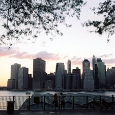 Free Manhattan: River View From  Brooklyn Royalty Free Stock Image - 20639706