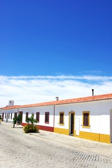 Free Street Of Luz Village, Portugal. Royalty Free Stock Images - 20641459