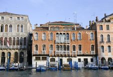Free Buildings On The Big Canal In Venice Royalty Free Stock Image - 20643296