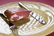Free Raw Meat On A Plate Stock Image - 20643801