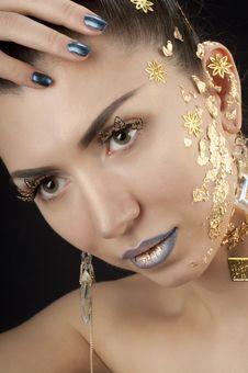 Free Close-up Portrait Of Beautiful Brunette Royalty Free Stock Photo - 20644145