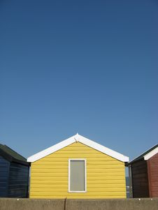 Free Bright Yellow Beach Hut On An English Beach Stock Images - 20644824