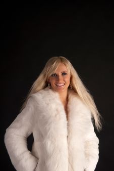 Free The Beautiful Blonde In A White Fur Coat Royalty Free Stock Images - 20649439