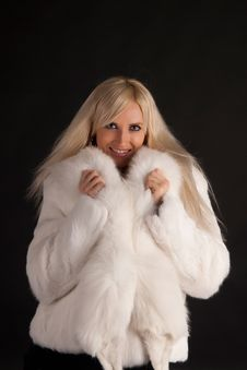 Free The Beautiful Blonde In A White Fur Coat Royalty Free Stock Photography - 20649447