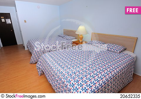 Free Large And Simple Room Royalty Free Stock Photo - 20652335