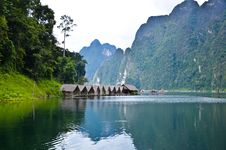 Free Hut In Khoa Sok,thailand Royalty Free Stock Photo - 20654825
