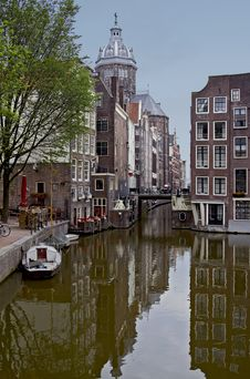 Free The Morning Amsterdam Canal Stock Image - 20658201