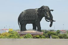 Free Double Heads Elephant Statue Stock Photo - 20663820