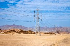 Free High Voltage Power Electricity Pylon Stock Photography - 20664382