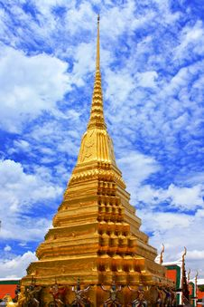 Free Golden Pagoda Royalty Free Stock Photography - 20666627