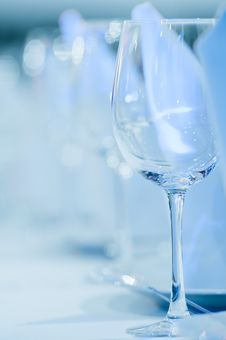 Free Wineglasses In A Row Royalty Free Stock Images - 20667779