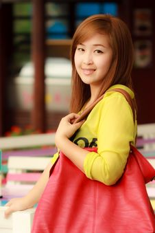 Free Smiling Face Asian Woman Royalty Free Stock Image - 20670126