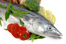 Free Mackerel With Lemon And Tomatoes Stock Photos - 20671053