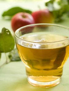Free Apple Juice Royalty Free Stock Photo - 20680195