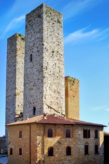 Free Towers Of Noble Citizens. San Gimignano, Italy Stock Photography - 20680972