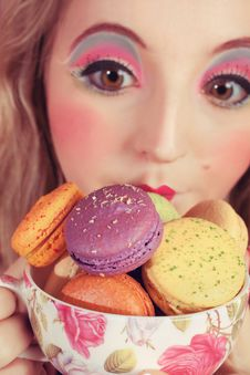 Free Girl Loves Colorful Macaroons Stock Photos - 20681513