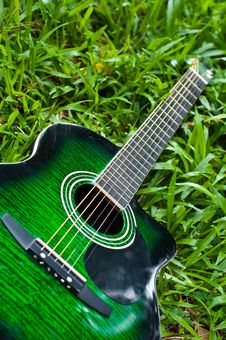 Free Acoustic Guitar Stock Images - 20683144