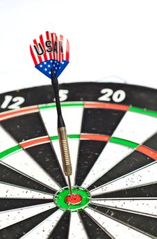 Free Dart On Board Royalty Free Stock Photo - 20683355
