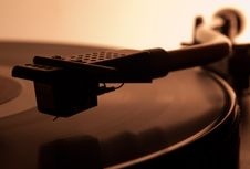 Free Audiophile Turntable Royalty Free Stock Photography - 20692037