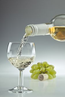 Free Bottle And Glass Of Wine Stock Photo - 20695840