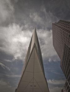 Sharp Highrise Building Royalty Free Stock Images