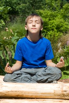 Free Boy Meditating At Nature Stock Photos - 20699463