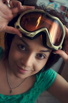 Free Skiing-glasses Royalty Free Stock Image - 2073016