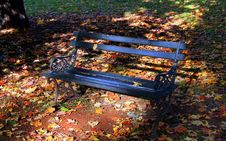 Free Park Bench Royalty Free Stock Image - 2076556