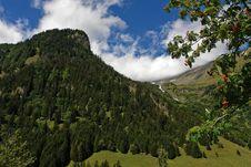 Free Magnificent Alpine Landscape Stock Image - 20700361