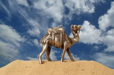Free Figurine Of A Camel Made Of Metal Royalty Free Stock Images - 20704479
