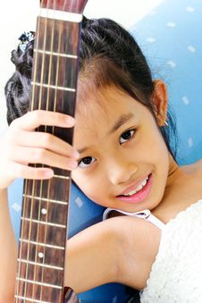 Free Portrait Guitar Girl Stock Photo - 20706460