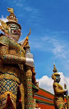 Free Giant At Wat Phrakaew In Thailand Stock Photo - 20706940