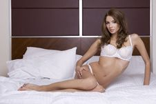 Free Beautiful Brunette In Bed Royalty Free Stock Photos - 20710768
