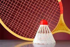 Free Shuttlecock And Racket Badminton Royalty Free Stock Photo - 20712575