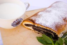 Free Strudel With Poppy Seeds Stock Photography - 20714722
