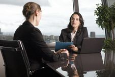 Free Latin Businesswoman In Office Royalty Free Stock Images - 20715549