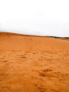 Free The Sand Dunes In Mui Ne , Vietnam Royalty Free Stock Photos - 20718868