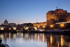 Free Castel Sant Angelo At Night Stock Photography - 20719332