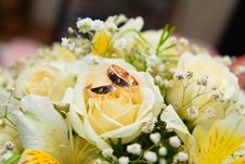 Free Wedding Bouquet Royalty Free Stock Photos - 20724138