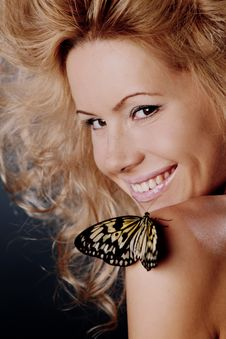 Free Woman And Butterfly Royalty Free Stock Photos - 20726448