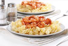 Free Pasta With Tomato And Shrimps Stock Photo - 20726610