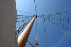 Free Foresail, Jib, And Wooden Mast Of A Sailing Yacht Royalty Free Stock Image - 20726926