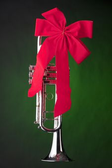 Free Soprano Saxophone Isolated Against Gold Stock Photo - 20728450