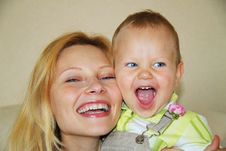 Free Happy Mom And Son Stock Photography - 20731562