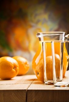 Free Emrty Glassware And Oranges Royalty Free Stock Images - 20734069