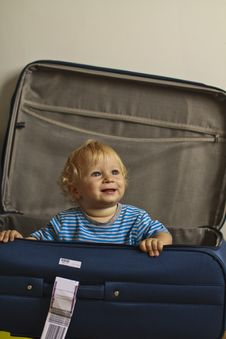 Free Baby In The Suitcase Stock Images - 20734504