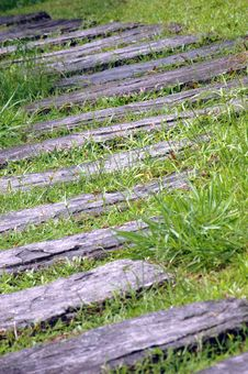 Free A Curvaceous Foothpath Royalty Free Stock Photography - 20735437