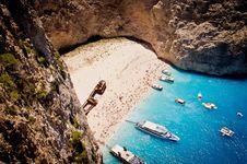 Free Navagio Beach On Zakynthos Royalty Free Stock Image - 20735846