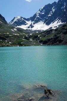 Free Mountain Lake Stock Photography - 20737312