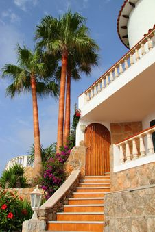 Free Beautiful Mediterranean House Stock Image - 20738251